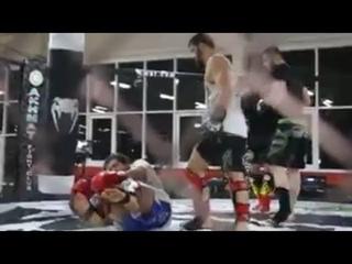 Жесткие спарринги Емельяненко с боксерами | FightSpace