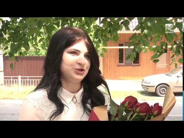 Девушка из Черкесска получила медаль за спасение человека от стаи собак