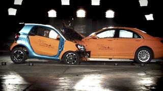 smart fortwo vs. S-Class - crash test
