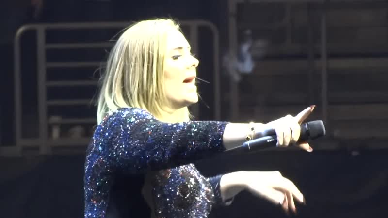 Adele Gets Emotional at Staples Night 7! Rolling in the Deep 8-20-16