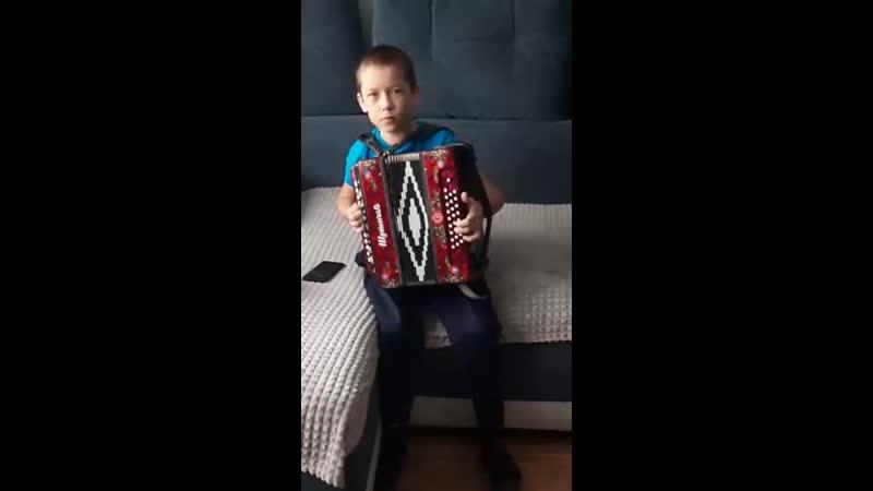 Победитель муниципального этапа Таланты без границ МБОУ Казачинская СОШ Лебедев Артем