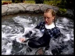 Karen White - dress floater comedy