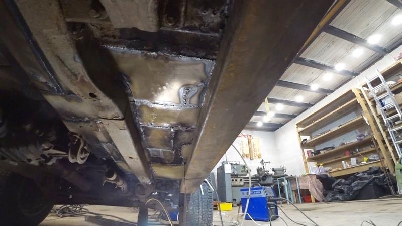 Силовые пороги из профильной трубы в НИВУ ремонт и сварка пола