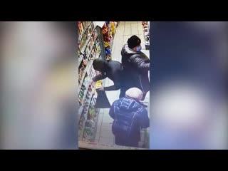 Кража в магазине Липецка
