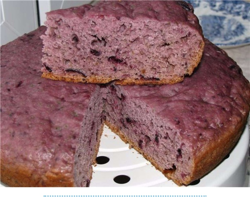 Очень простой в приготовлении пирожок, а ингредиенты для него всегда найдутся в доме у каждого.