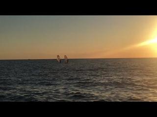 """Прекрасный закат на море в Севастополе! Дикий пляж """"Маяк"""" около парка Победы"""