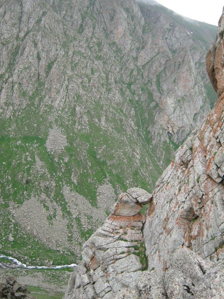 вид с горы на юге Армении