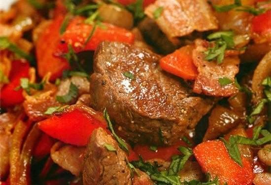 Топ-6 самых вкусных рецептов тушёного мяса