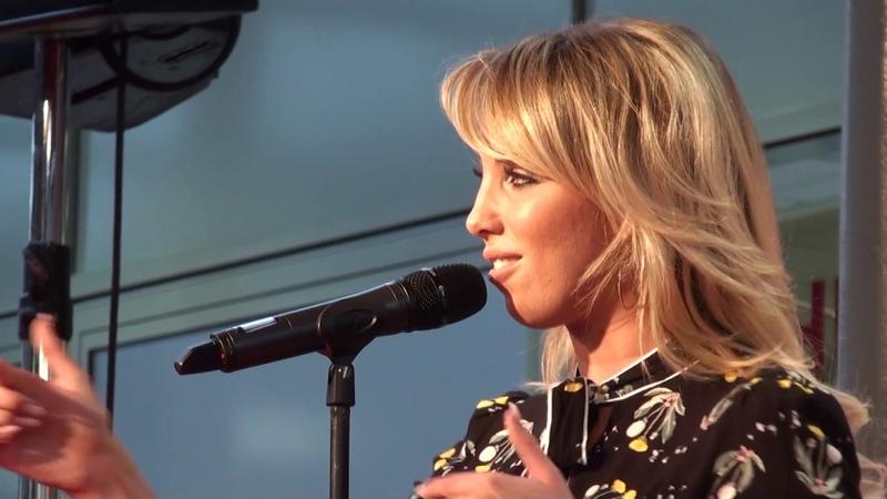 Annemarie Eilfeld Nummer Eins Cover Stereoact feat. Chris Cronauer live