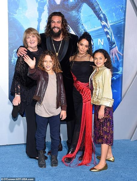 Джейсон Момоа заявил, что его семья голодала после того, как он снялся в «Игре престолов»
