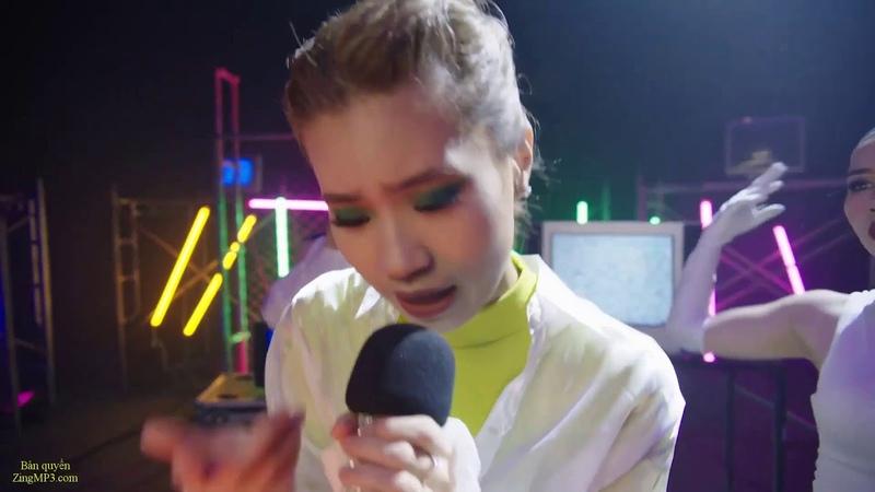 ♫ MUSEDASH 2 Phut Hon Singer Phao Music Original 2 Phut Hon Remix TikTok Vietnamese Music 2020