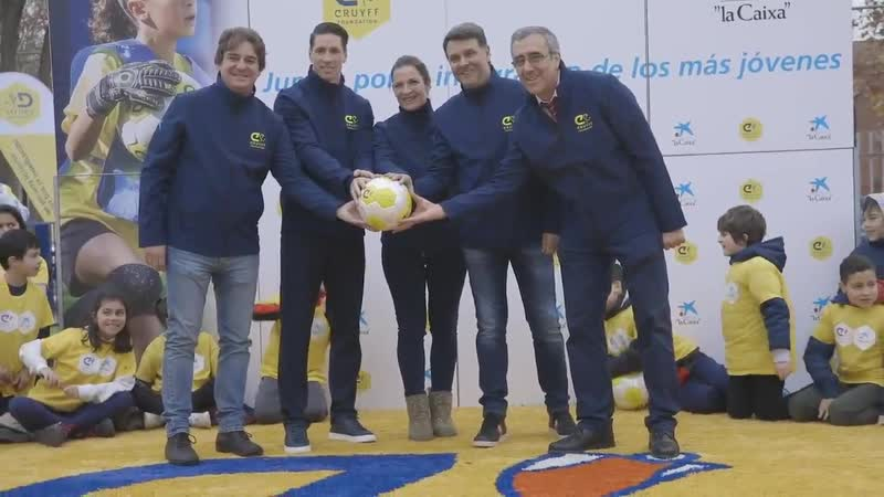 📽 ¡Echa un vistazo a las mejores imágenes de la inauguración del Cruyff Court Fernando @Torres en Fuenlabrada (Madrid)