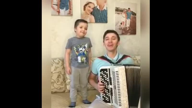 У мальчика божественный голос Татарская народная песня на баяне