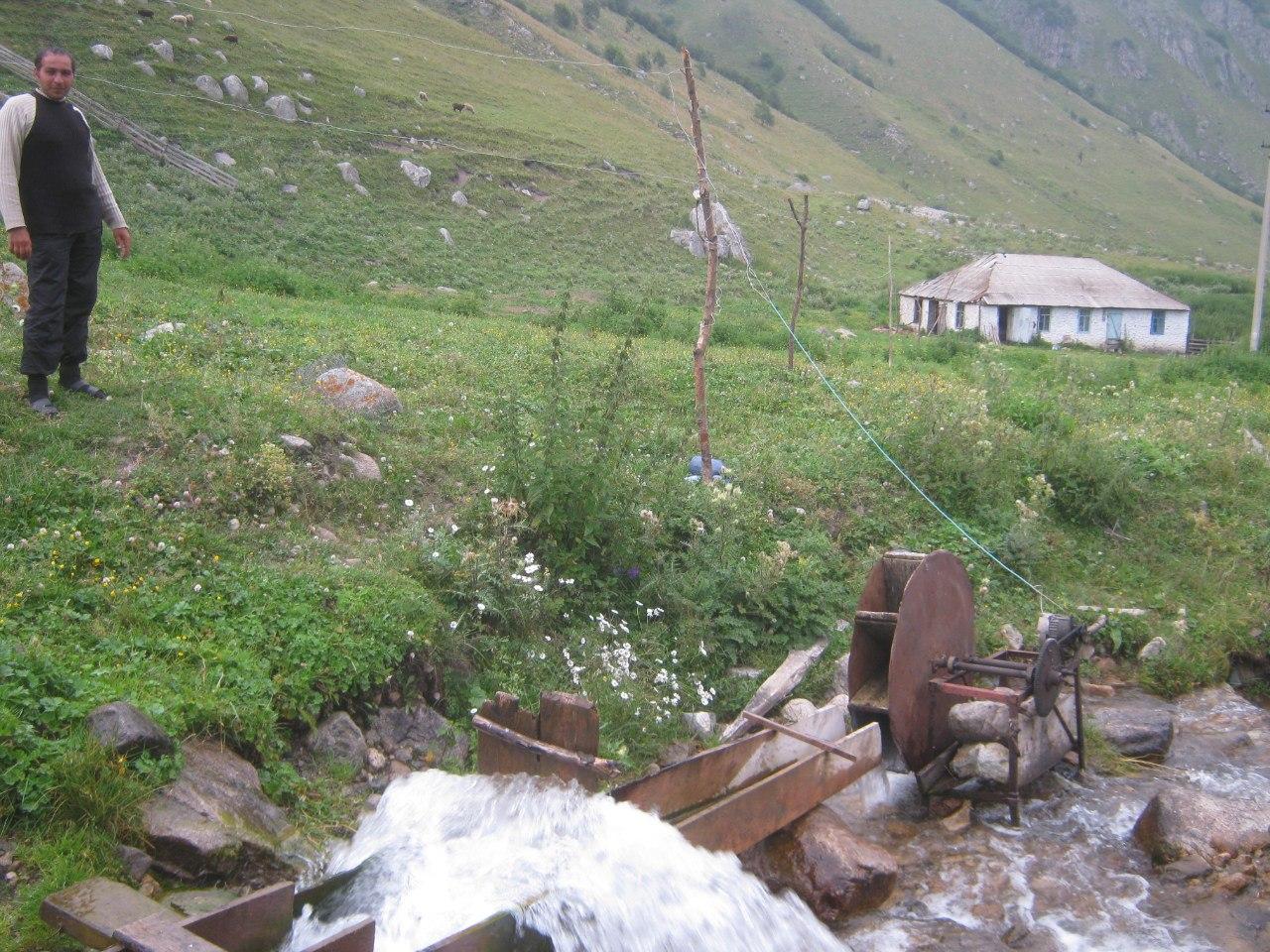 Гидроэлектростанция для кошары и Пастухам