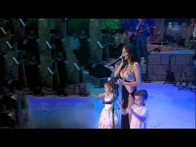 Ceca - Djurdjevdan - (LIVE) - (Marakana) - (TV Pink 2002)