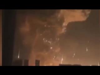 Мощный Взрыв в Китае Тяньцзинь