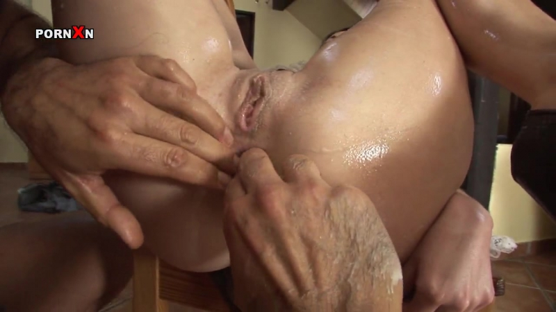Porn Xn: Isabella Clark - Hardcore Anal Drilling And Fisting