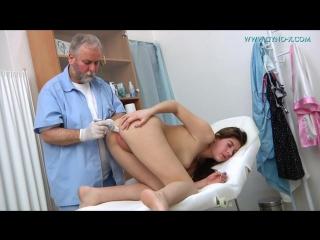 Ellis 18 years girl gyno exam 18 летняя целка на осмотре у гинеколога порно де