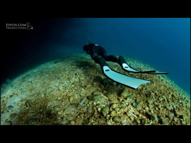 Freediving The Caves - with Linda Paganelli Stefan Randig