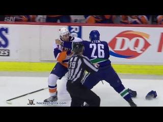 Travis Hamonic vs Emerson Etem Mar 1, 2016