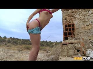 Peachy arsed spanish babe fucks cop (видео-свежак,ток из печки 28/08/2016 )