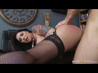 Darling Danika & Johnny Sins - Fucking With Her Boss (August 13, 2014)