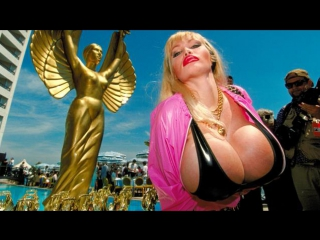 Lolo Ferrari - The Biggest Breasts In The World (engl. subs) (Documentary) (Channel 4) (2005)