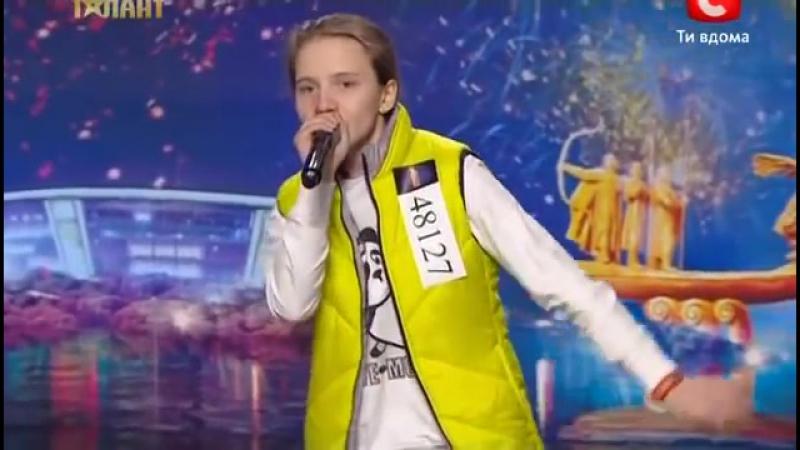Битбокс от 14 летней Оли Пьяновой на УМТ 4 24 03 2012