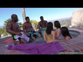 BlacksOnBlondes - Chanel Prestom Keisha Grey Valentina Nappi трое черных парней оттрахали трех горячих сучек
