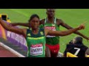 South Africa's Caster Semenya won the women's 800m in imperious style as she cruised to gold on the