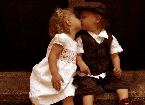 Меньше ругайтесь больше целуйтесь картинки с надписями