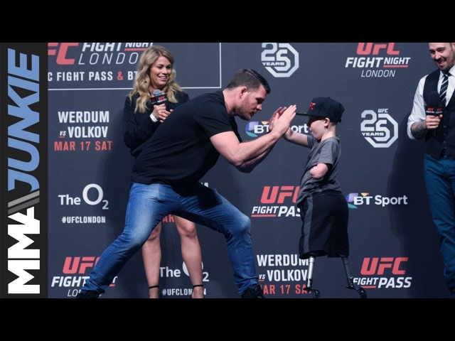 Michael Bisping's heartfelt exchange with amputee boy during UFC London Q A