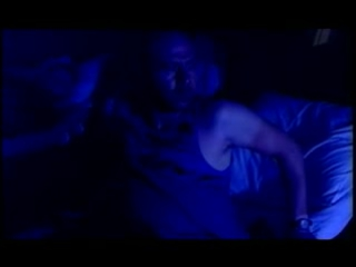 Две Девушки И Один Дальнобойщик Трахаются В Групповой Порно Игре Трое На Постели