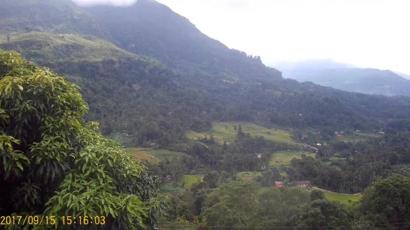 В горах Шри Ланки до облаков можно дотянуться рукой
