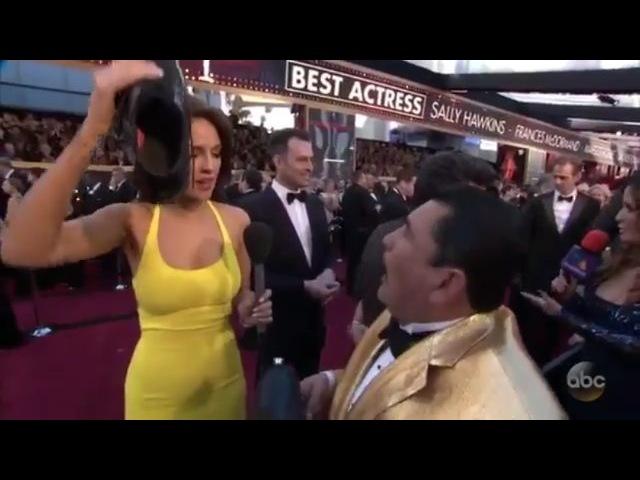 "Instagram Arriba abajo al centro pa dentro EizaGonzalez Oscars"""