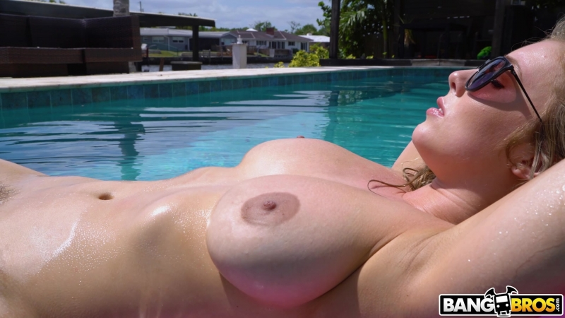 Lena Paul ( Tanning My Big Tits Led To Great Sex, btra16494) 2018, Amateur, Big Tits, Busty, Cumshot,