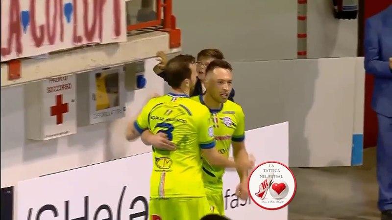 Tattica Futsal Come usare il Pivot Entrata di prima di Victor Mello (Luparense)