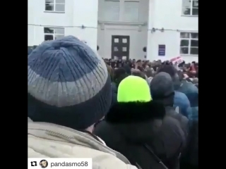 Врач_скорой_на_митинге_в_Кемерово.mp4