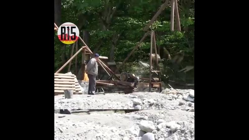 OssVes Ахшар Варзиев построил мини ГЭС