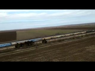 """""""Аллигаторы"""" сопровождают по Крыму поезд с сирийскими трофеями"""