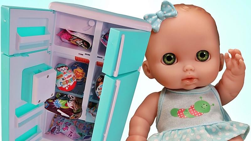 Много сюрпризов в холодильнике/Открываем Маша и медведь Пони Щенячий патруль Барби/Зырики ТВ Пупсики
