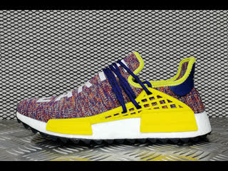 Распакоа adidas nmd x pharrell williams human race body and earth restokk видео