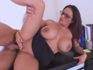 Ava Lauren
