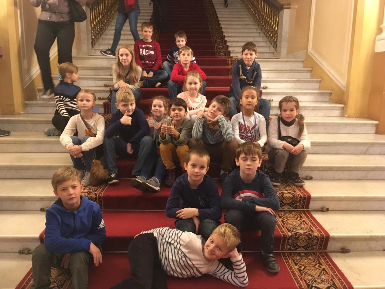 Воспитанники воскресной школы в Некрасовке посетили Оружейную палату