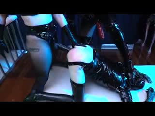 STRAPON DOMINATION | Hot Dommes Latex SM Peggin Double Team