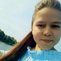 Лина Муслимова