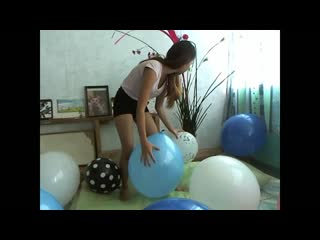 Kimlooner ly x10 big balloons. sit and nail popped combo