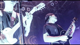 "Trivium ""In Waves"" (LIVE) ft. Jared Dines and Howard Jones (2018)"