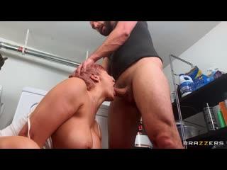 [DayWithAPornstar]- Ryan Keely - Ryan Uses The Washing Machine [Big Tits, Lesbian, Sex Toys, Vibrator, Feet, Fetish]