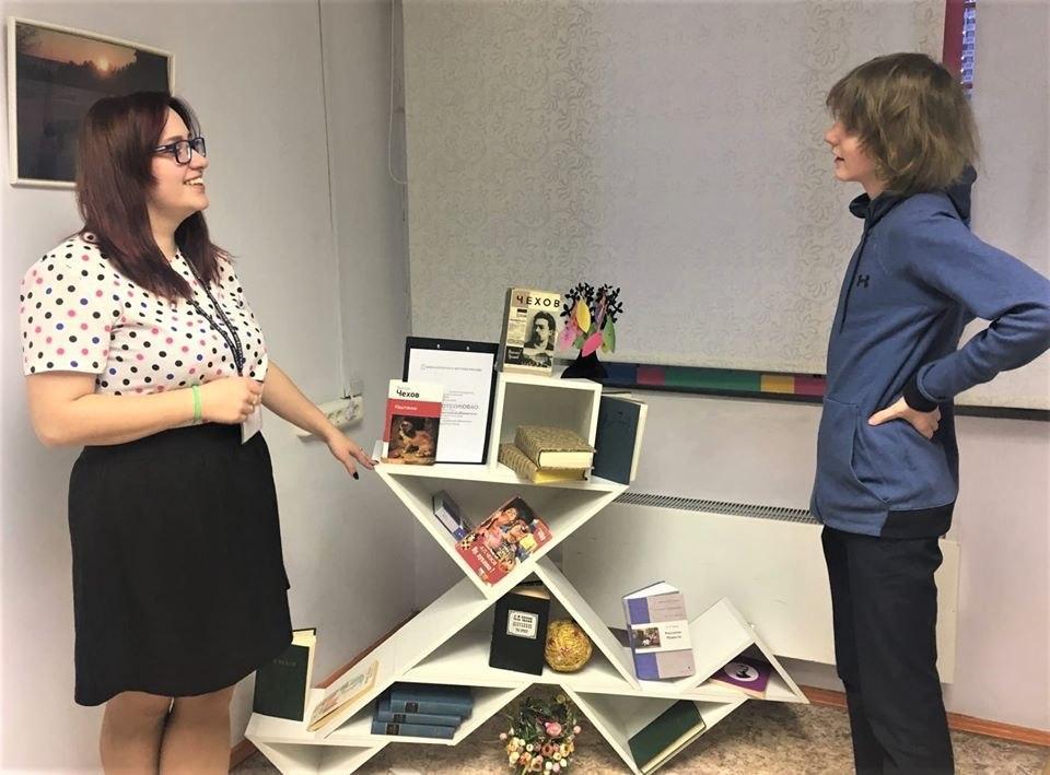 «Встреча с героями Чехова» состоялась в библиотеке на Рождественской
